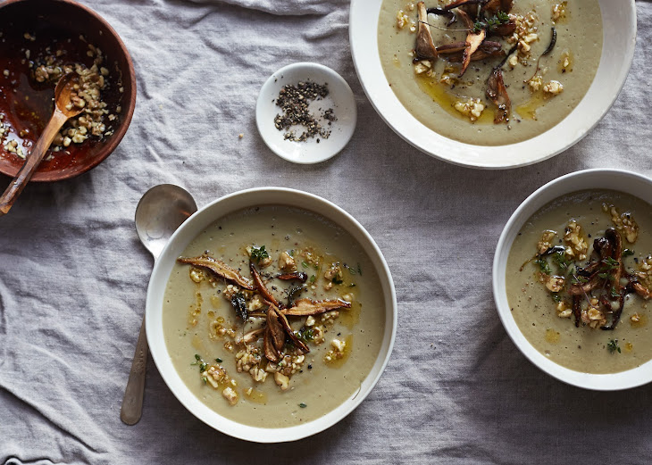 Herbed Shitake and Oyster Mushroom Soup Recipe