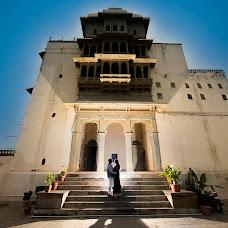 Wedding photographer Anshul Sukhwal (clickstoremember). Photo of 05.10.2018