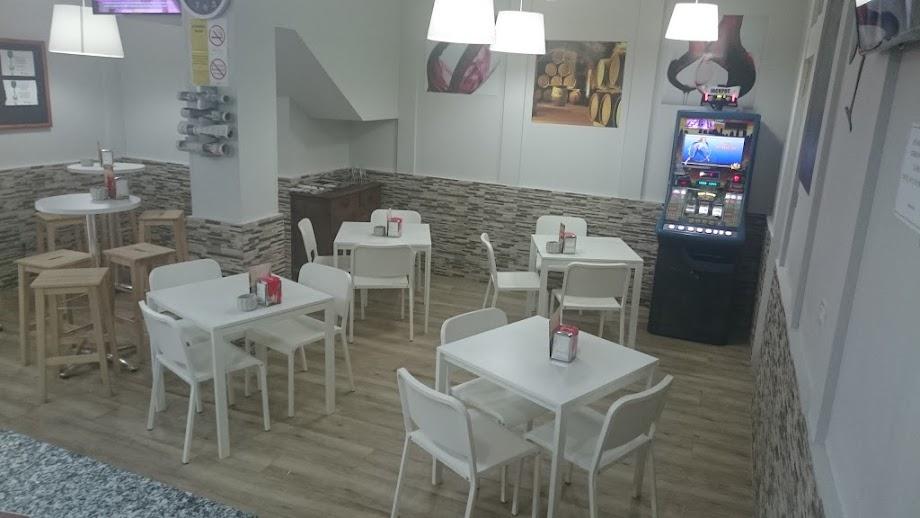 Foto Bar La Brújula 9