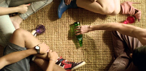 App Truth and Challenge Turn the bottle is the best party game and group game