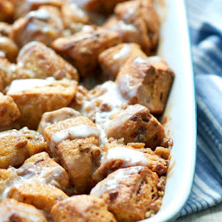 Overnight Cinnamon Roll Monkey Bread