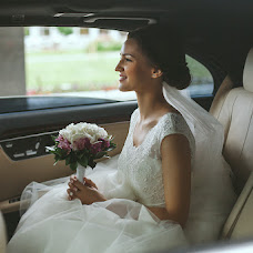Wedding photographer Katerina Novokshonova (Tanuka). Photo of 09.06.2015