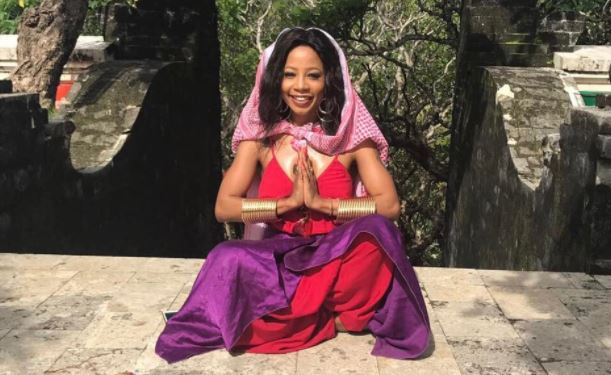 Kelly Khumalo is choosing not to focus on the negativity.