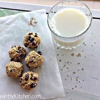No Sugar No Butter Chewy Oatmeal Raisin Cookies.