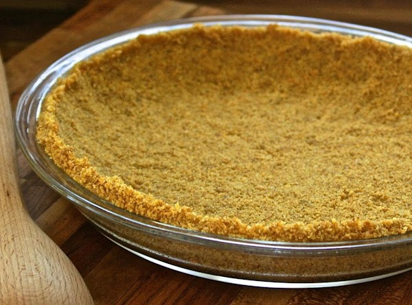 For graham Cracker Crust:  In medium bowl, mix crumbs and sugar until well mixed....