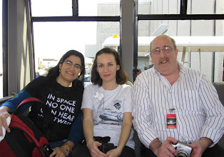 Photo: The other side of the shuttle!  Fazia @faziarizvi, Heather @Pillownaut and David @NoWeareCL