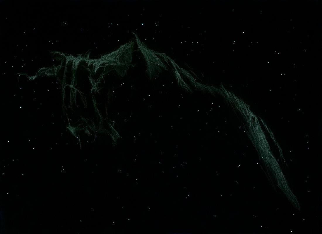 Photo: La grande Dentelle du Cygne (NCG 6992), le 1er août 2011 dans le T406 et filtre OIII à 88X. 4 heures de dessin sur champ pré-étoilé pour évoquer cet enchevêtrement d'arcs et de jets filandreux. La couleur bleu-vert est réellement vue, elle vient du filtre OIII.