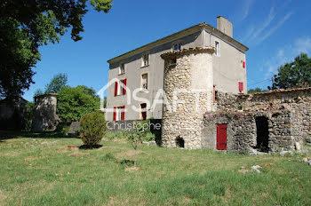 château à Noyers-sur-Jabron (04)