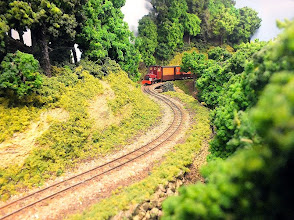 Photo: 020 I rather like this photo showing the passenger train winding its way through the abtly named Plye Woods module on Watt Estate .