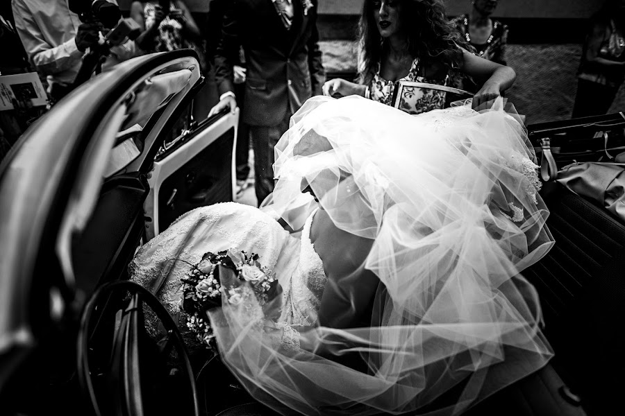 Wedding photographer Leonardo Scarriglia (leonardoscarrig). Photo of 28.10.2016
