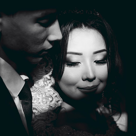 Wedding photographer Kazhymukhan Begaydarov (begaidarov). Photo of 30.11.2017