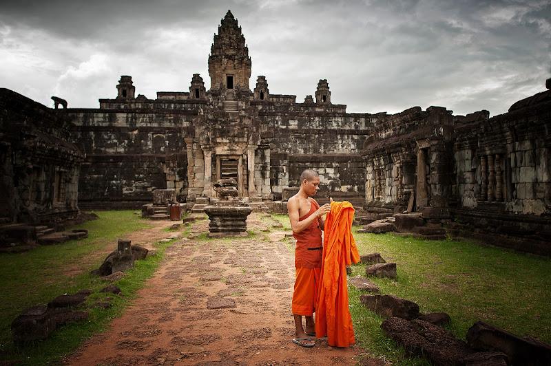 Vestizione-Angkor di Alexx70