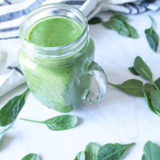 Green Detox Smoothie with Chia Seeds.