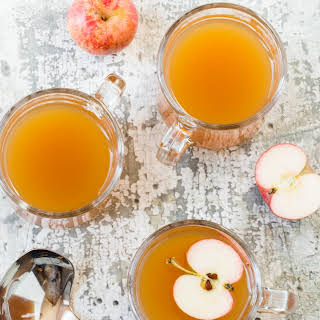 Hot Ginger Cider Cocktails.