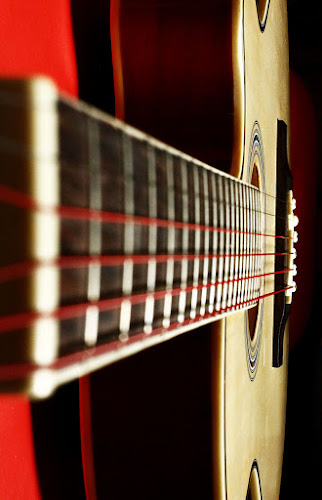 by Chris Olivar - Artistic Objects Musical Instruments