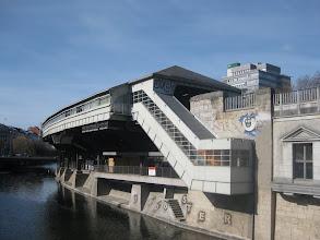 Photo: Dworzec Hallesches Tor nad Lahrwehrkanal