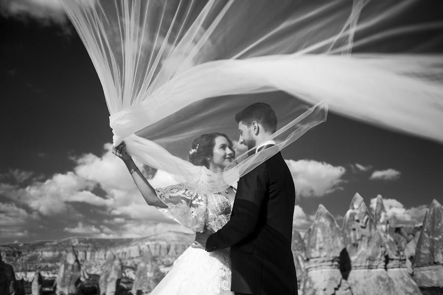 Wedding photographer Ufuk Sarışen (ufuksarisen). Photo of 01.11.2019