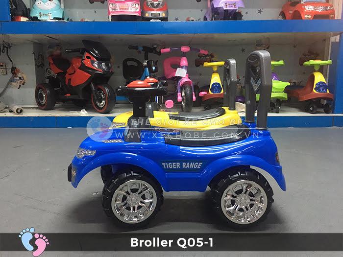 Xe chòi chân ô tô Broller Q05-1 4