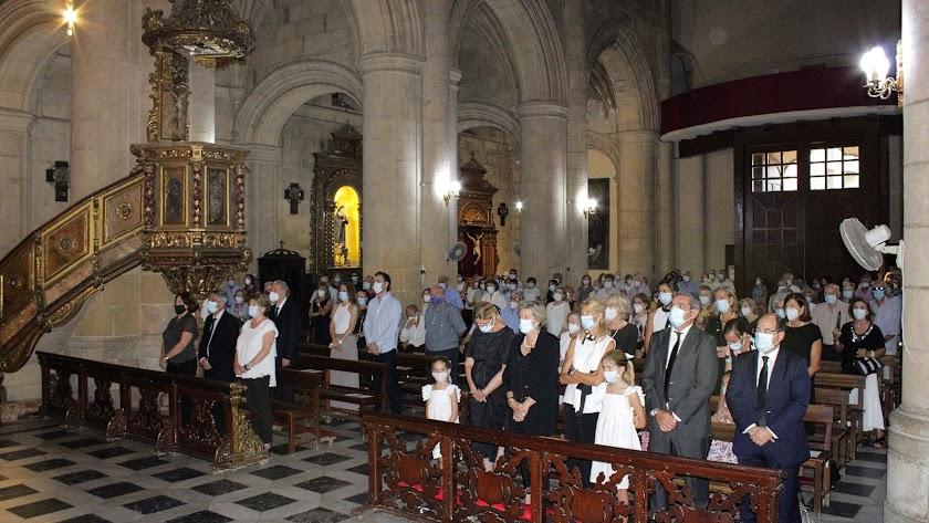 La familia y amigos de Diego Miguel Alarcón llenaron el templo de la Patrona.