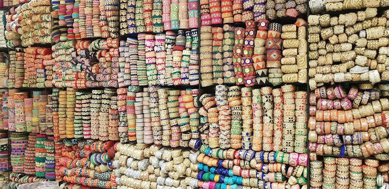 Il caos dei colori  in ordine di ivana_trombetta
