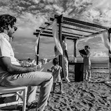 Wedding photographer Pablo Caballero (pablocaballero). Photo of 19.12.2017