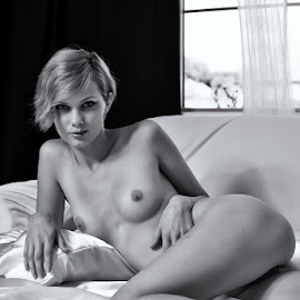 Lounging by Kens Yeaglin - Nudes & Boudoir Artistic Nude ( studio, nude, zoevandolof, black and white, boudoir )