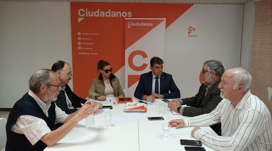 Cs pide inversiones para mejorar el tren en Almería