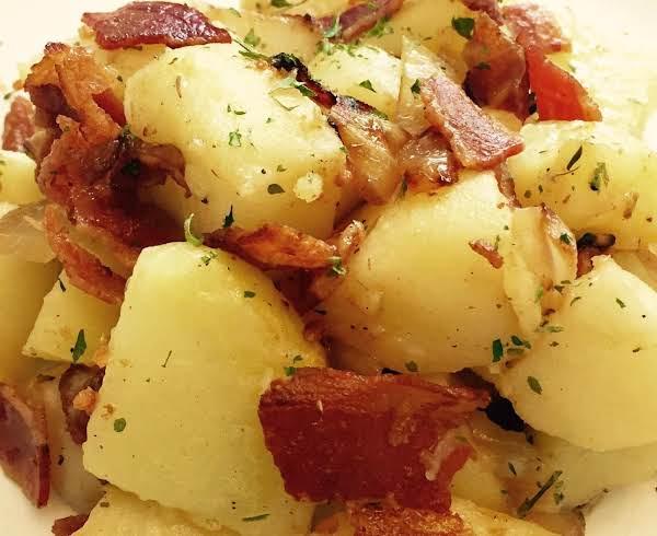 Irish Potatoes With Bacon Apples & Onions Recipe
