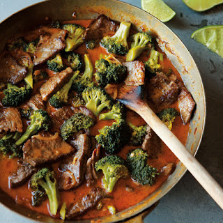 Thai-Style Beef and Broccoli Curry