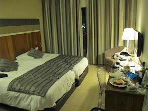Photo: 13.10.07St Paul's Bay,Qawra : hôtel Dolmen, chambre, repas froid le soir de l'arrivée