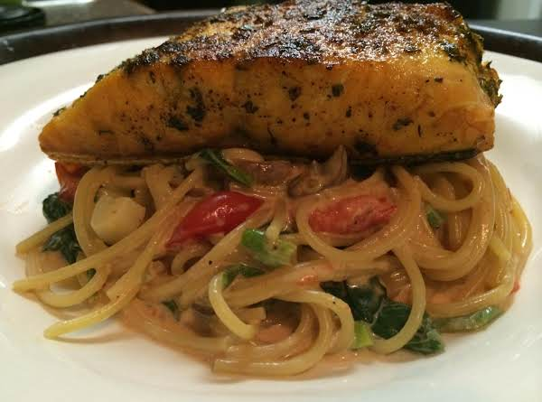 Herb Crusted Salmon With Pasta Florentine