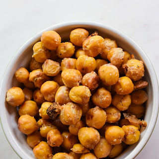 Garlic and Parmesan Roasted Chickpeas