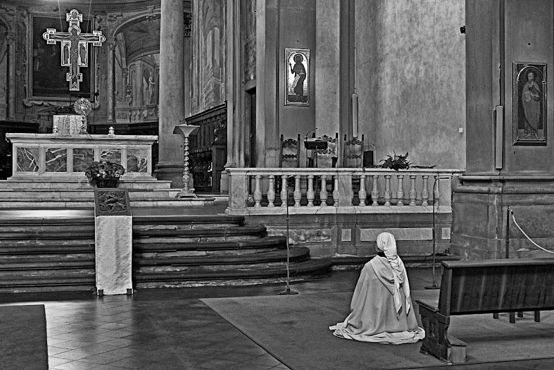La preghiera della suora in bianco di marvig51