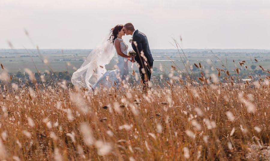 Wedding photographer Deyan Romanov (dromanov). Photo of 19.11.2018