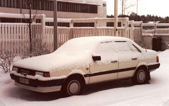 Photo: Ensimmäinen leasingautoni aloittaessani Digitalilla keväällä 1986 - ja ensimmäinen pitkässä sarjassa valkoisia leasing-Audeja, ensimmäinen oli Audi 80, sitten taisi olla vuorossa Audi 100 ja sitten A4:ia