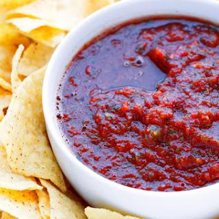 5 Minute Resturant-Style Blender Salsa