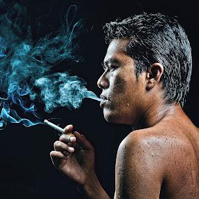 Ganaszster KL  by Mata Arif - People Portraits of Men