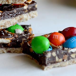 Peanut M&M Pretzel Bars!