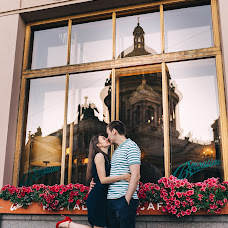 Fotograful de nuntă Olga Rascvetaeva (labelyphoto). Fotografia din 04.07.2019