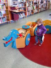 Photo: Na Opatově mají v dětské sekci knižního dráčka!