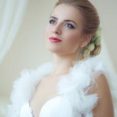 Wedding photographer Olesya Grosheva (FoxVenomal). Photo of 12.03.2016