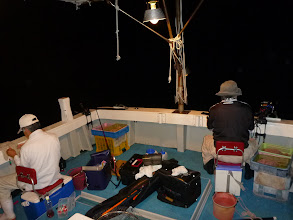 Photo: ガンバッで夜通し釣りました! 途中、サバの猛攻にあいました!