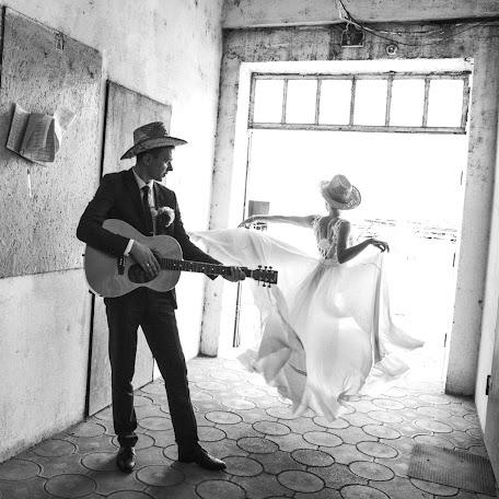 Wedding photographer Saga Gavrilov (SagaGavrilov). Photo of 02.12.2017