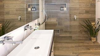 Baño sin barreras pero cuidando la estética.