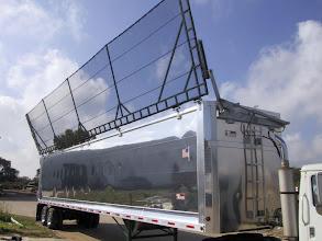 Photo: Aerolite with Aero Industries Lid Hydraulic Flip tarp