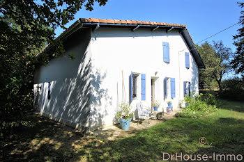 maison à Bergouey (40)