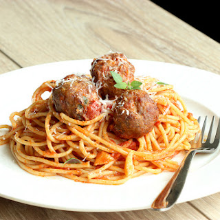 Healthy Italian Spaghetti with Meatballs