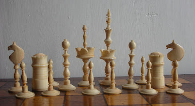 Photo: CH77- German bone Selenus set C19th - K=3.5in - white pieces  The white king appears to be a replacement piece.