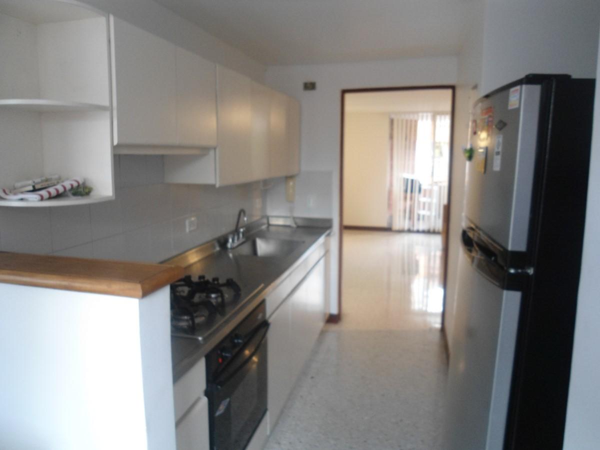 apartamento en arriendo castropol 679-22736