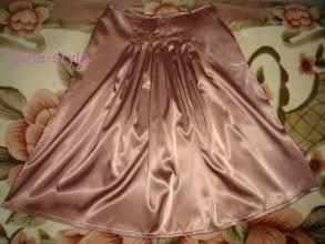 Photo: юбка из плотного атласа